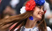 Nga lo ngại gia tăng bà mẹ đơn thân sau World Cup