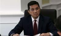 Cấm bộ trưởng mang vợ/chồng khi công tác nước ngoài ngắn ngày