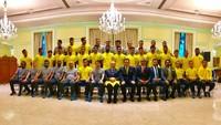 Thủ tướng Malaysia trực tiếp gặp, đặt trọng trách lên tuyển Malaysia trước trận đấu với Việt Nam