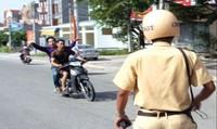 'Quái xế' táo tợn bắt cóc người để gây sức ép CSGT