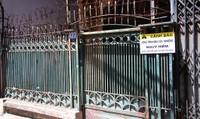 Nhà nghiêng gần 1m tại Hà Nội: 7 năm chưa xong thỏa thuận phá dỡ