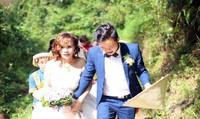Cô dâu thành phố 61 tuổi chia sẻ cảm xúc khi bước lên sàn nhà chồng