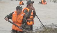 2 người thiệt mạng, gần 4000 căn nhà bị ngập nặng sau mưa lớn tại miền Trung