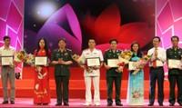 21 tác phẩm đoạt giải cuộc thi viết 'Những tấm gương bình dị mà cao quý'