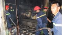 """Thừa Thiên-Huế: Bà hỏa """"viếng"""" chợ Nong, 10 tỷ tiền hàng ra tro"""