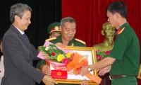 Trao Huân chương cho 41 cựu cán bộ quân đội Bộ Thừa Thiên - Huế