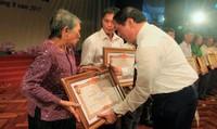 Truy tặng danh hiệu Bà mẹ Việt Nam Anh hùng cho 108 mẹ ở Quảng Trị