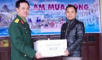 Đoàn KT-QP 92 Bộ CHQS tỉnh Thừa Thiên Huế Tặng 200 suất quà cho đồng bào nghèo