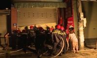 Kịp thời cứu 5 người trong một gia đình khi căn nhà bốc cháy