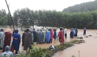 Huế: Nam thanh niên bị nước lũ cuốn mất tích