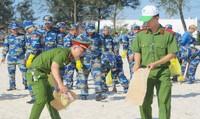 Ra quân hưởng ứng chiến dịch 'Hãy làm sạch biển' tại Quảng Trị