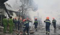 3 người tử vong do cháy nhà máy bánh kẹo Tràng An