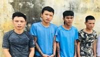 Ổ nhóm tội phạm chống công an bằng chai xăng và bình ga