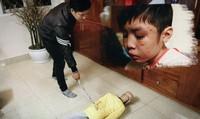 Tại sao gần đây liên tiếp phát hiện vụ cha bạo hành con tại Hà Nội?