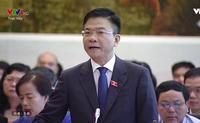 Bộ trưởng Lê Thành Long 'trả lời thẳng, đáp gọn' nhiều vấn đề 'nóng'
