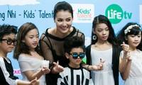 Hồng Quế giúp 150 nhóc tì 'Tỏa sáng tài năng nhí'