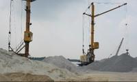 Hàng loạt doanh nghiệp tập kết cát sỏi trái phép tại Cảng Kênh Vàng