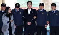 Người thừa kế Samsung bị đề nghị 12 năm tù