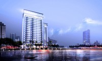 """Thị trường """"sáng"""", Văn Phú - Invest muốn niêm yết trên HNX"""