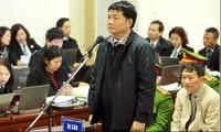 """Ông Đinh La Thăng và đồng phạm hầu tòa trong vụ PVN """"mất"""" 800 tỷ"""