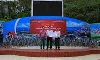 Tập đoàn Nam Cường đồng hành cùng UBND TP.Hà Nội: Trao tặng 14.000 ghế inox cho hệ thống Nhà văn hóa tỉnh Điện Biên, Lai Châu