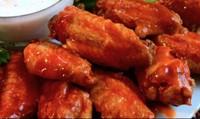 Cánh gà sốt cay thích hợp cho bữa cơm ngày lạnh