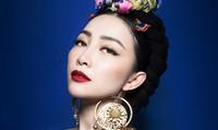 Linh Nga biến hóa phong cách với váy áo thêu