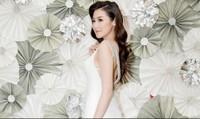 Á hậu Tú Anh: Tín đồ hàng hiệu thứ thiệt trong showbiz Việt