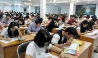 Nghệ An bỏ ưu tiên sinh viên tốt nghiệp khá, giỏi trong thi tuyển công chức