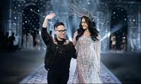 Siêu mẫu Lukkade hoá nữ thần trong show diễn Chung Thanh Phong