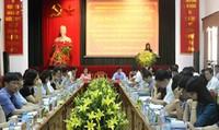 Hoạt động thẩm tra của HĐND các cấp TP Hà Nội: Vẫn còn tâm lý nể nang, khó phản biện