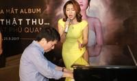 Thêm một người hát nhạc Phú Quang đằm thắm đến… mê đắm