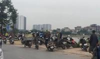 Phát hiện thi thể nam thanh niên trên hồ Định Công, Hà Nội