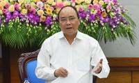 Thủ tướng chủ trì hội nghị tìm giải pháp 'phủ' BHYT tới toàn dân