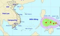 Bão giật cấp 10 tiến sát Biển Đông, diễn biến phức tạp