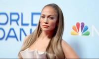 Jennifer Lopez trải lòng về giây phút bị quấy rối tình dục
