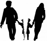 """Khi con bị coi là """"vật cản"""" hạnh phúc của cha mẹ..."""