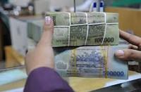 Nỗi niềm doanh nghiệp đem tiền gửi ngân hàng