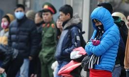 Không khí lạnh mạnh liên tục tăng cường, nhiệt độ Hà Nội tiếp tục giảm