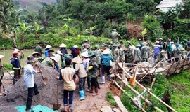 """Cầu nối thắt chặt tình đoàn kết quân dân ở """"thủ phủ"""" ma túy Sơn La"""