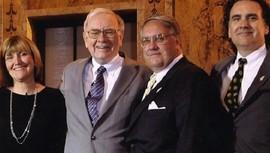 """Soi"" cách dạy con của tỷ phú Warren Buffett"