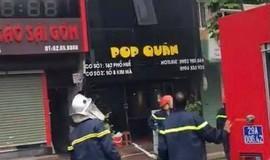 Cháy lớn tại cửa hàng ăn uống ở phố Kim Mã