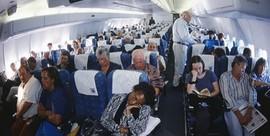 Tại sao giá vé máy bay chênh lệch dù cùng hàng ghế?