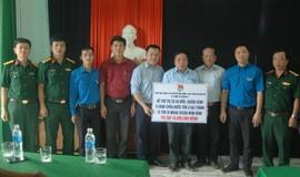 Trao tặng 100 bồn nước Tân Á Đại Thành tới đồng bào vùng lũ Quảng Bình, Hà Tĩnh