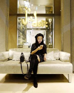 Chloe Nguyen: Hot girl Sai thanh so huu gout thoi trang sanh dieu hinh anh 3