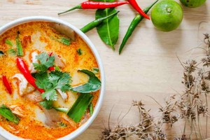 Kết quả hình ảnh cho Canh chua cay - Tom Yum