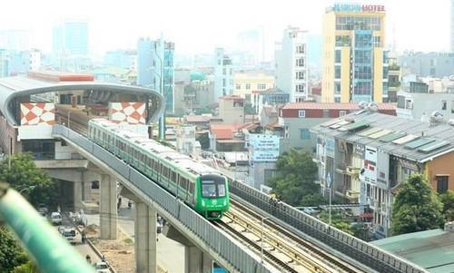 Chạy thử nghiệm tàu đường sát trên cao tại Hà Nội