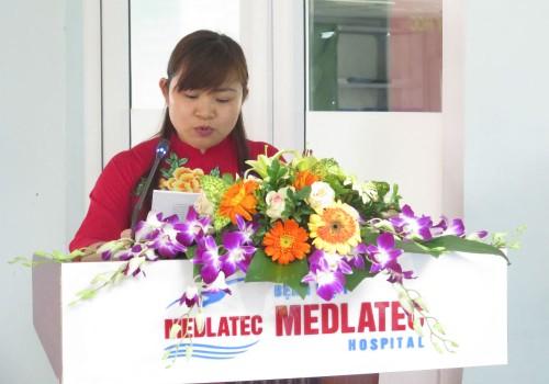 Đồng chí Nguyễn Thị Kim Len - Bí thư Chi bộ báo cáo tổng kết nhiệm kỳ 2015-2017