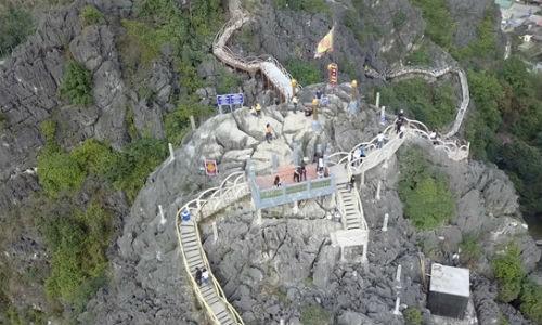 Công trình vi phạm trên núi Cái Hạ