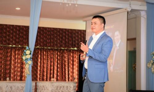 Doanh nhân Phạm Đăng Khoa, cố vấn cấp cao của Công ty Sen Việt